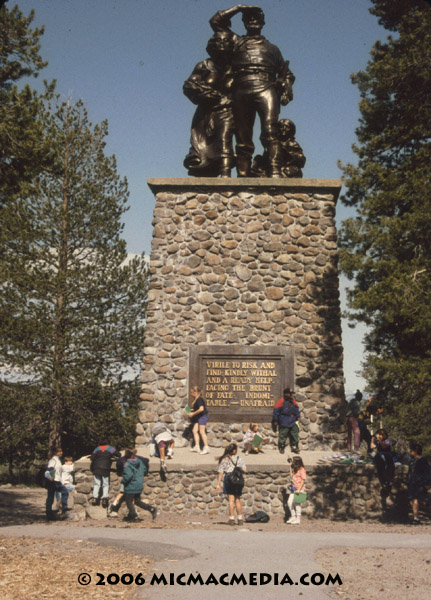 Nugget #44 B Donner monument kids for scale ID 600